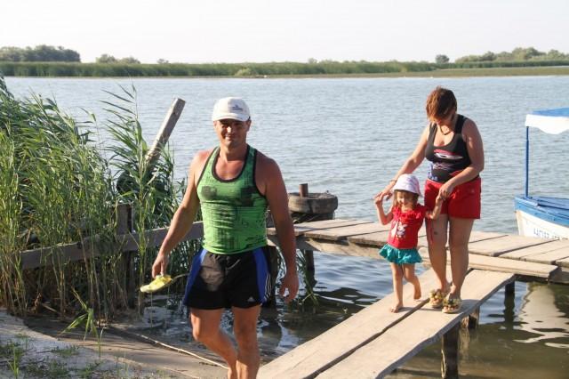 Пётр, Светлана и Эвилина Зотовичи Фото: Соло