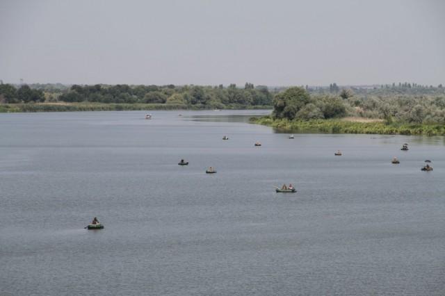 Рыбацкие лодки на Днестре