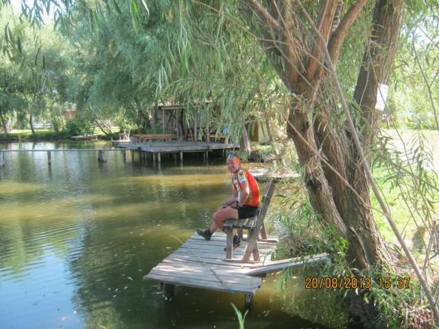 Соло в роли заядлого рыбака