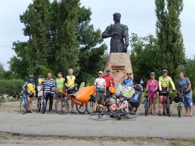 монумент Максим Залізняк, с. Медведівка