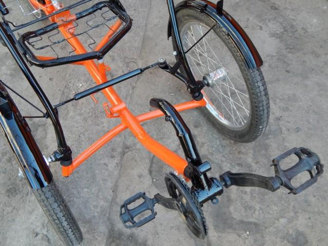 Завдяки майже нульовому плечу обката важелі легко повертають колеса