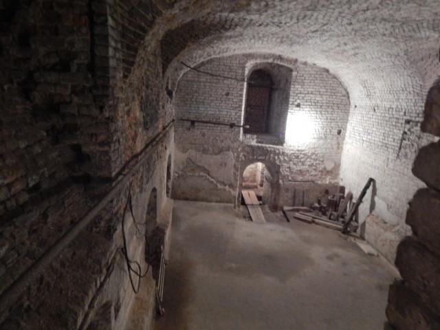 Одне із приміщень музею підземілля де заборонено фотографувати.