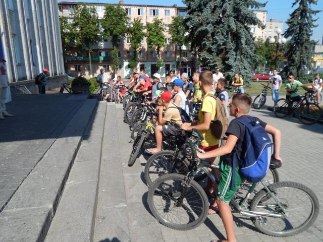 Діти прийняли активну участь у велозаході.