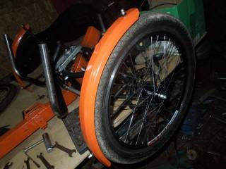 Переднє колесо